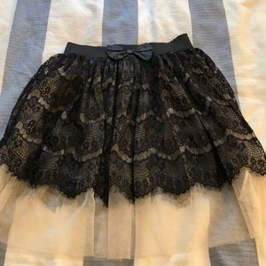 Black Lace and tulle miniskirt size small